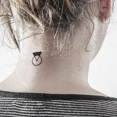 geometric-neck-tattoo
