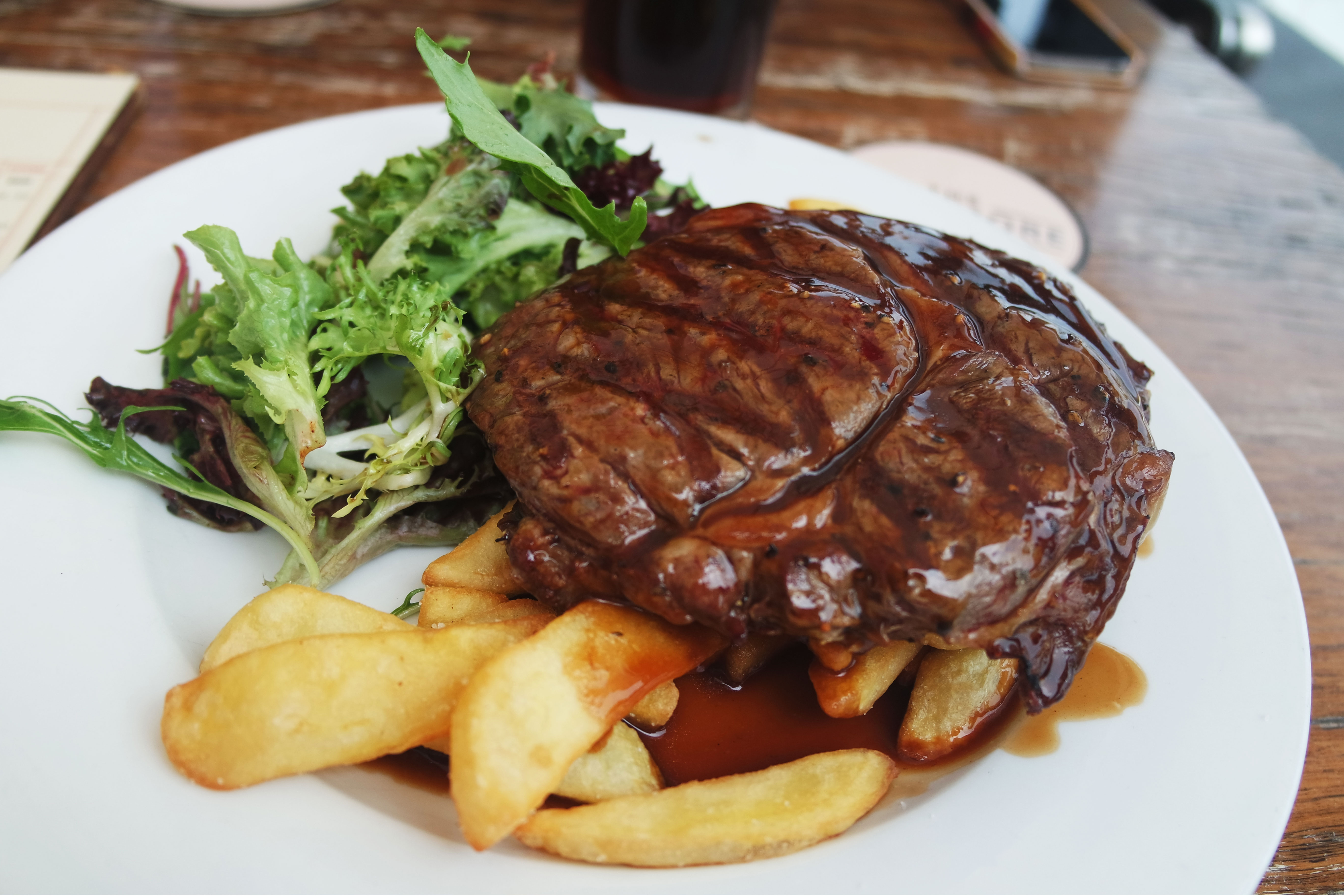 steak-12-$-sydney-mondays-glenmoore-hotel-bon-plan-1m