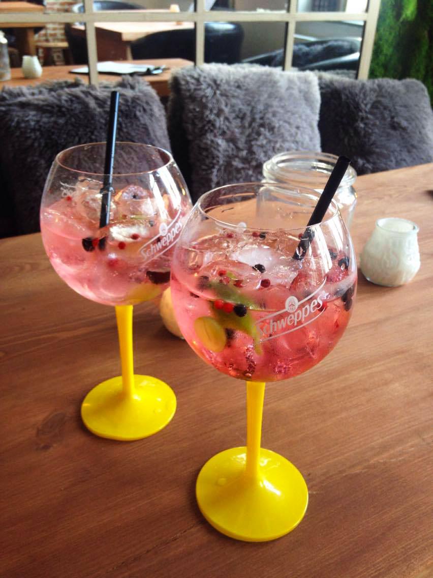 seventy-five-bar-restaurant-burger-gin-bruxelles-cocktail-blog