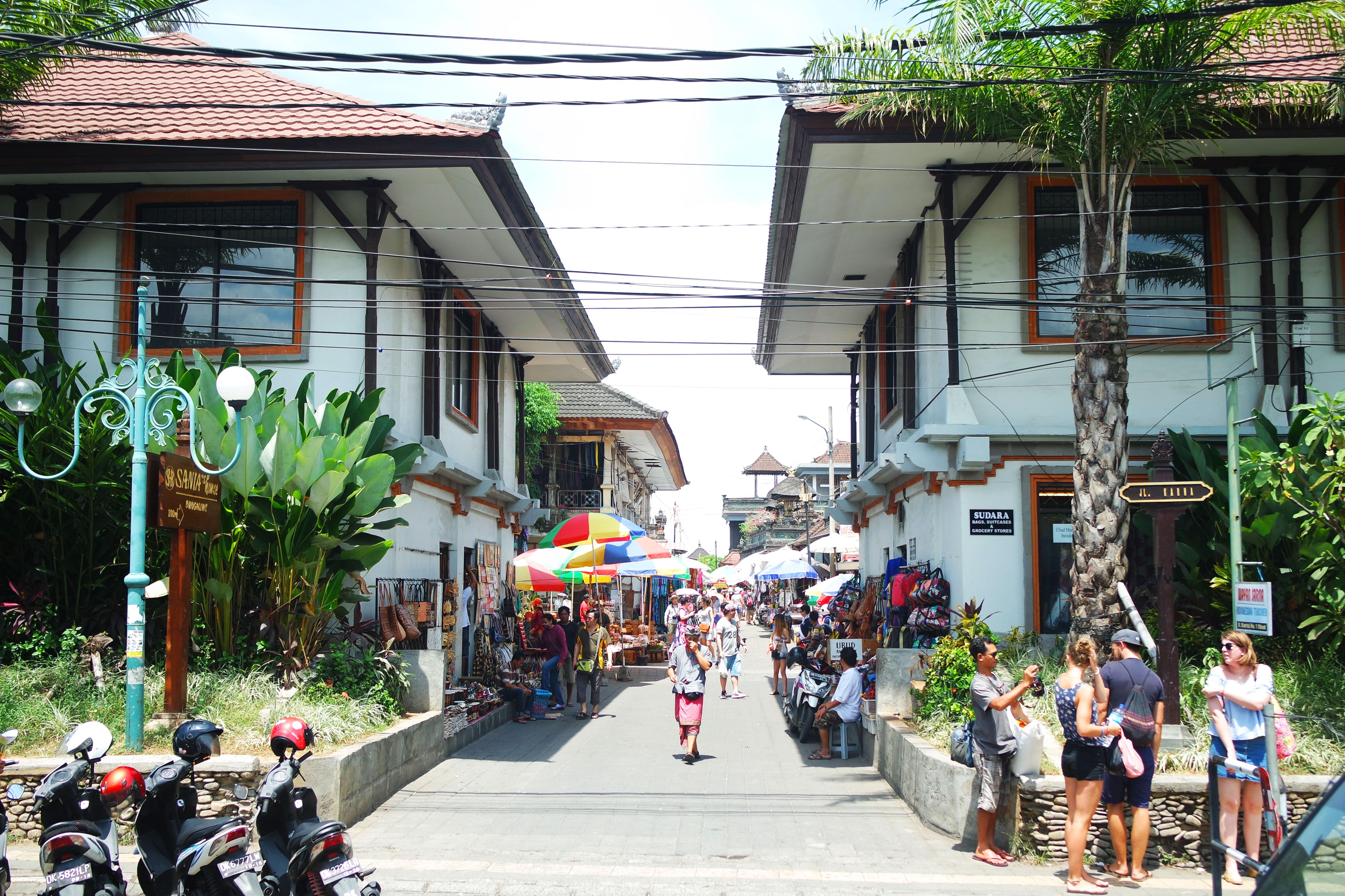ubud-market-souvenirs-bli-guide