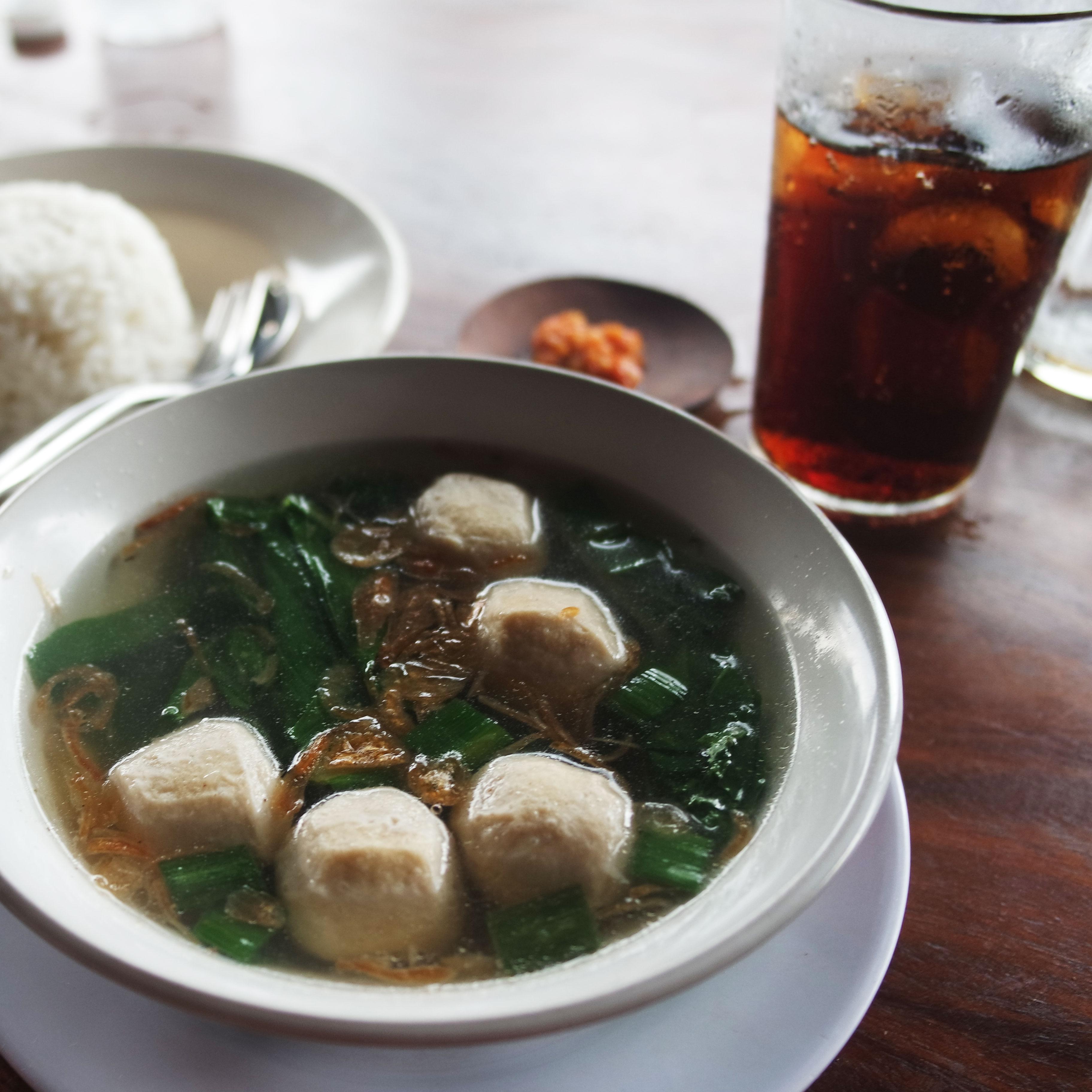 ubud-warung-datas-bbq-ribs-bali-restaurant-blog-avis