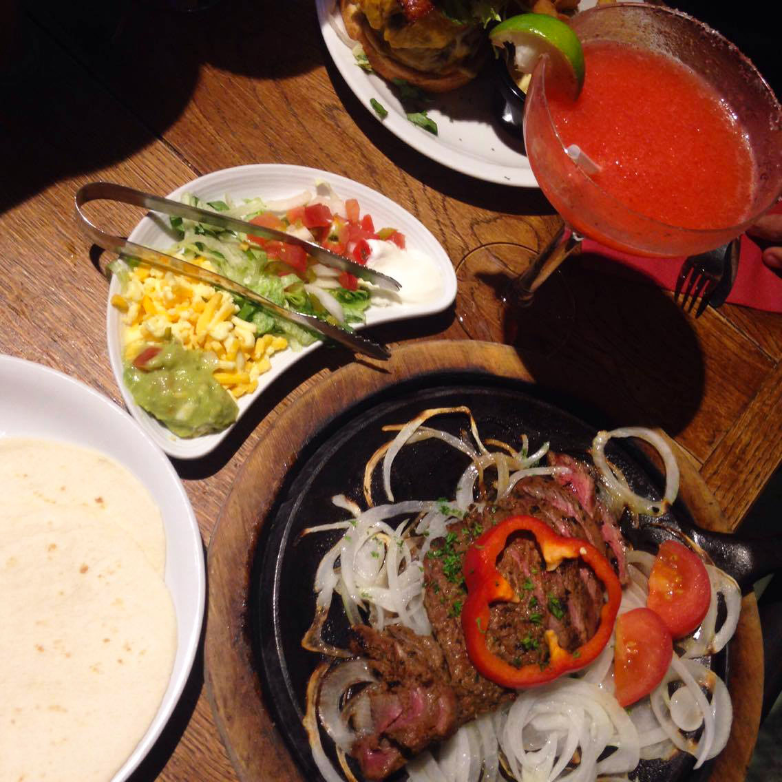 wood-wayne-restaurant-waterloo-tex-blog-avis-fajitas-boeuf