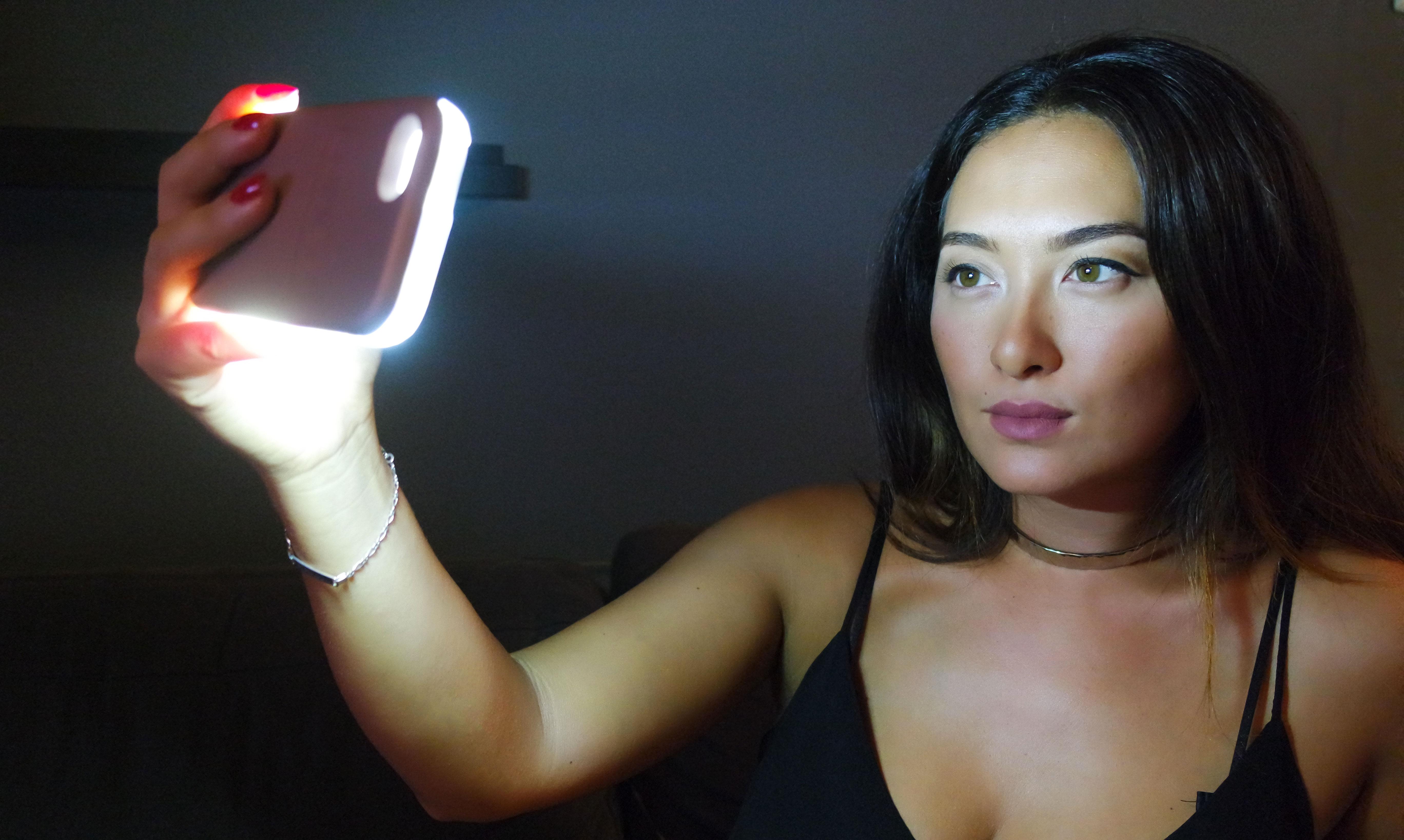 lumee-coque-kardashian-selfie-light-wahoo-blog-avis-snapchat-makeup-selfies