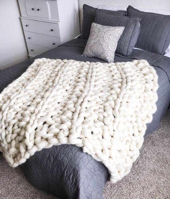 l 39 arm knitting et les plaids g ants canons ellemixe. Black Bedroom Furniture Sets. Home Design Ideas