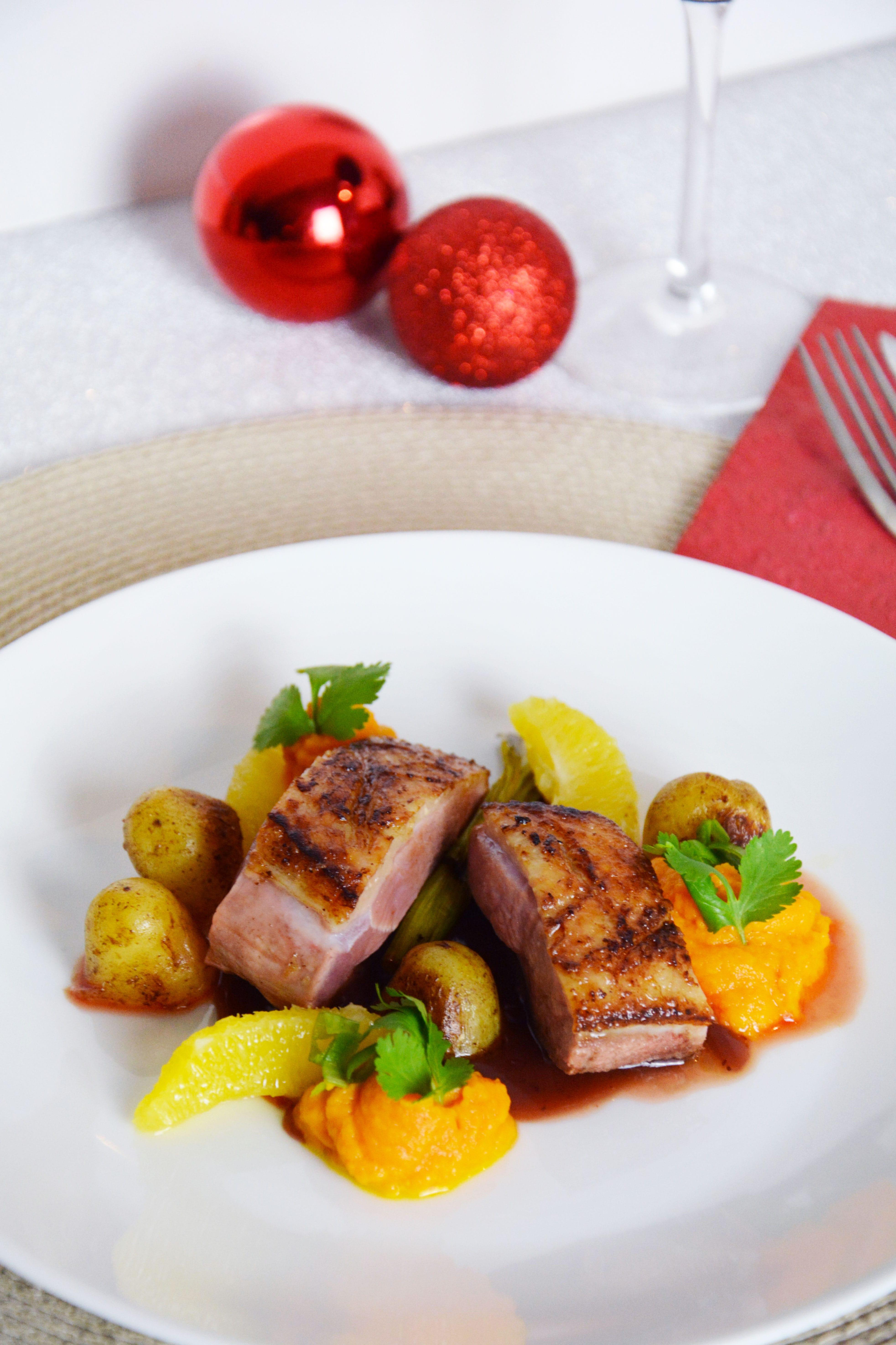 Recette de no l magret de canard et sauce aux airelles ellemixe - Magret de canard noel ...