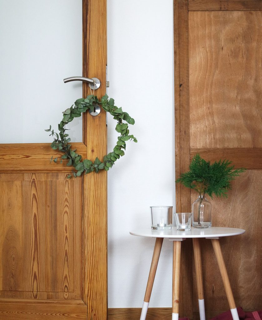 ellemixe-couronne-noël-eucalyptus-diy-déco-min